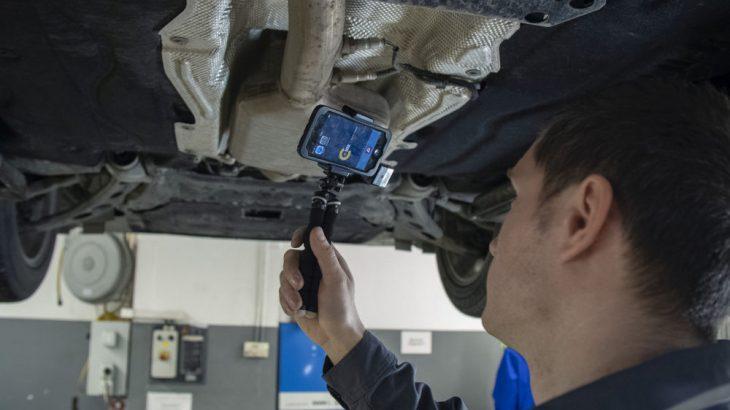 Serviciu pentru preluarea şi livrarea automobilului fără interacţiune directă între client şi personalul mărcii