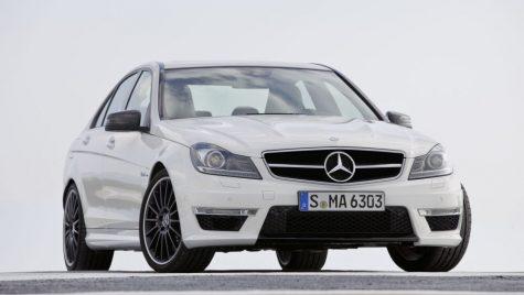 Supermașini la mâna a doua: Mercedes-Benz C63 AMG cu ultimul V8 aspirat