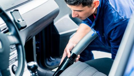 Cum faci ca mașina ta să miroasă frumos, din nou?