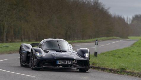 Aston Martin Valkyrie: primele teste pe drumurile publice