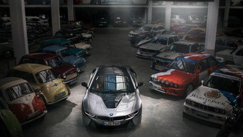 BMW oprește producția pentru modelul plug-in hybrid i8