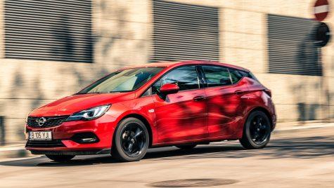 Test Opel Astra facelift 1.5 Diesel Elegance: Cumpătat
