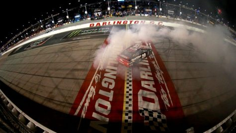 Americanii nu mai au răbdare: NASCAR se reia pe 17 mai în condiții speciale