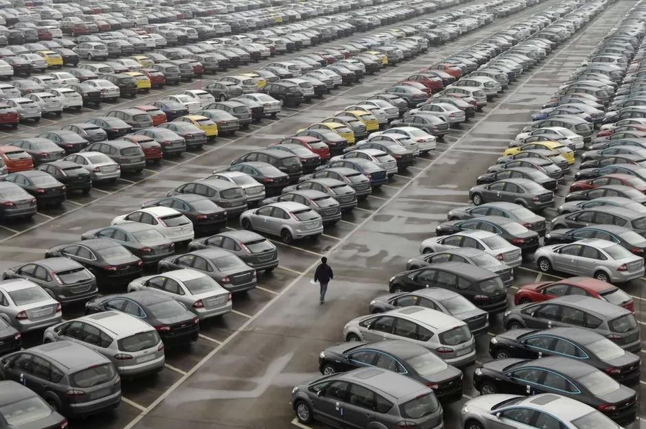 Este sau nu un moment bun să cumperi o mașina