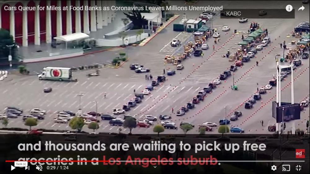 cozi de mii de mașini