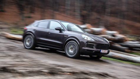 Test drive Porsche Cayenne E-Hybrid Coupe: Mutația hibridă