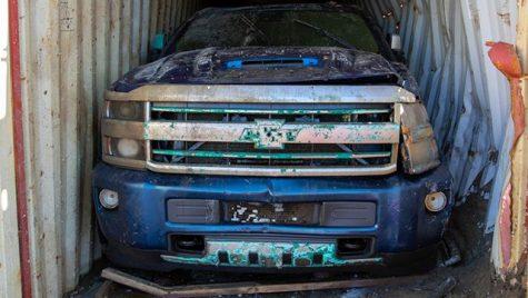 Chevrolet Silverado recuperat dintr-un container scufundat la 120 metri