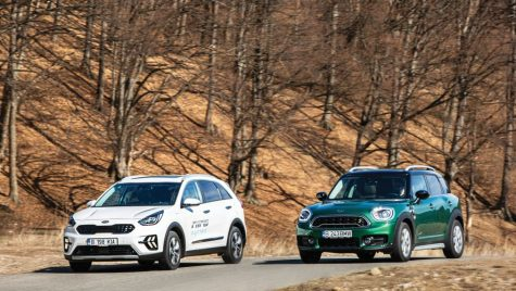 Test comparativ Kia Niro PHEV vs Mini Countryman S E All4: Compromisul ideal