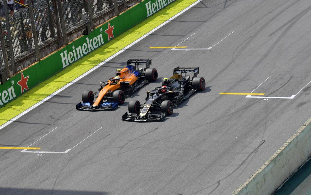 Carlos Sainz jr - GP China 2019, McLaren Renault
