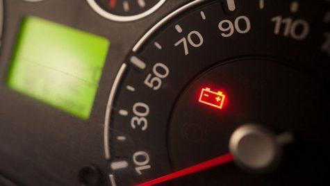 AutoExpert vă sfătuiește: verificați starea bateriei de acumulatori după perioada de izolare