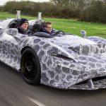 """""""Scutul de aer"""" – Explicăm trucul de aerodinamică pe care McLaren îl folosește în loc de prabriz"""