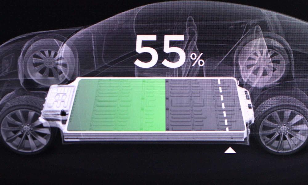 Tesla baterii CATL cobalt free
