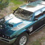 URAN - Un SUV monstru cu motor de tanc de 16 litri realizat de un rus excentric