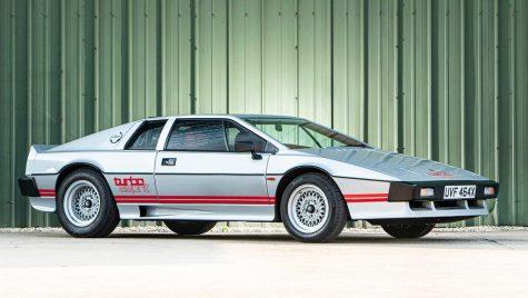 Un Lotus Esprit construit pentru Colin Chapman și condus de Margaret Thatcher scos la vânzare