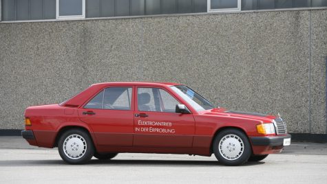 Acum 30 de ani Mercedes-Benz prezenta un prototip electric bazat pe modelul 190