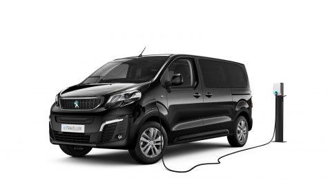 Peugeot e-Traveller: utilitară pentru transport persoane cu motor electric de 136 CP