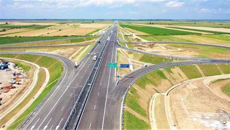 Se inaugurează tronsonul de autostradă Borș-Biharia de pe A3 la granița cu Ungaria