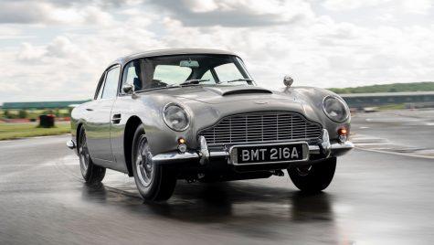 Aston Martin a produs primul exemplar din seria limitată DB5 Goldfinger
