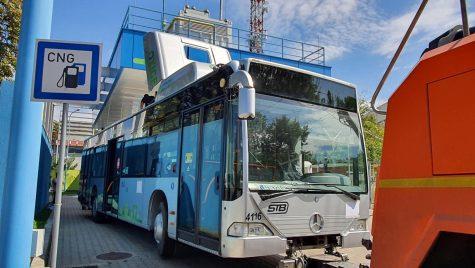 STB a început convertirea autobuzelor vechi la alimentarea cu CNG