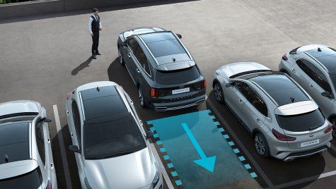 Noul model Kia Sorento permite parcarea automată de la distanță