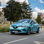 Test drive Renault E-TECH: Clio hibrid și Captur plug-in