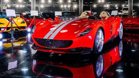 Modelul de serie limitată Ferrari Monza SP2 intră în galeria Țiriac Collection