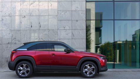 Mazda MX-30 primește motor pe benzină pe piața din Japonia