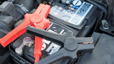Serviciul de montaj baterii auto la domiciliu m-a scutit de un drum la service-ul auto