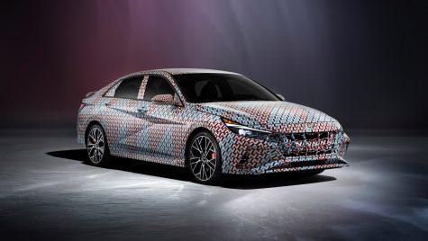 Hyundai Elantra N: primele imagini oficiale cu versiunea performantă
