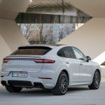 Porsche Cayenne E-Hybrid primește o baterie mai mare