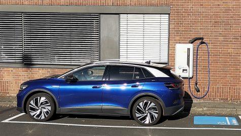 Volkswagen testează un wallbox DC de 22 kW pentru încărcarea mașinilor electrice