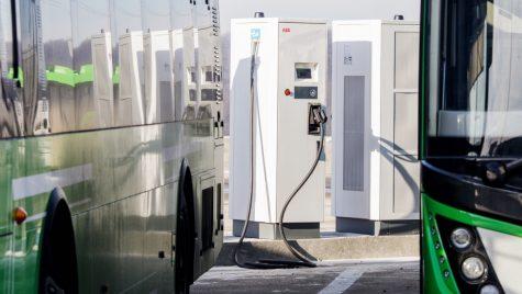 ABB sprijină progresul mobilității electrice în România cu soluții de încărcare