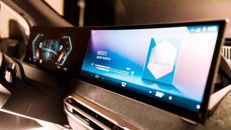 BMW va lansa o nouă generație a sistemului iDrive în 2021