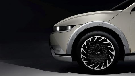 Hyundai Ioniq 5: primele imagini cu interiorul SUV-ului electric