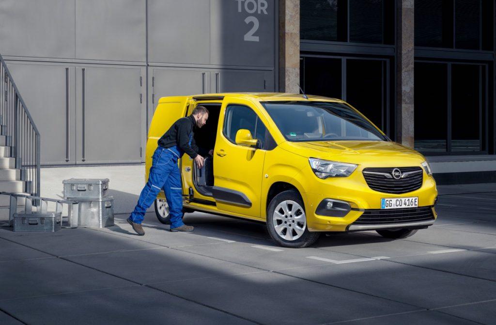 Opel Combo-e Cargo autoexpert.ro