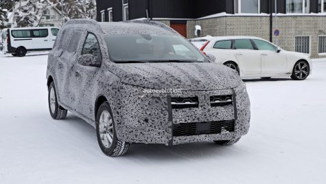 Dacia Logan MCV 2023, spionată în premieră