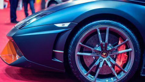 Automobilele ca pioni principali în jocurile de curse