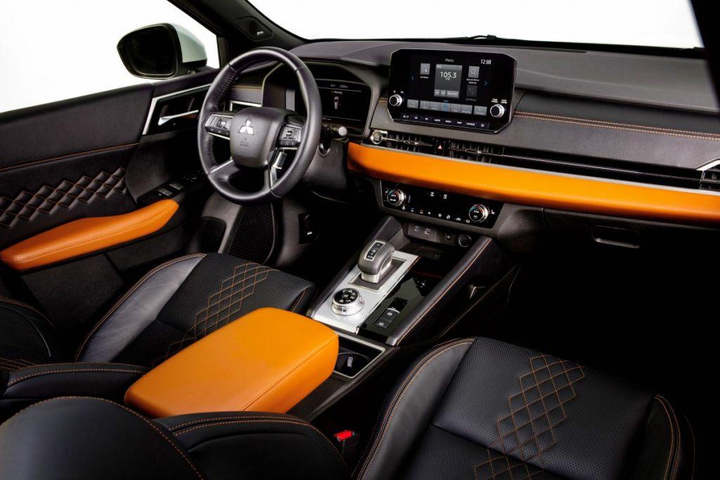2022 Mitsubishi Outlander autoexpert.ro