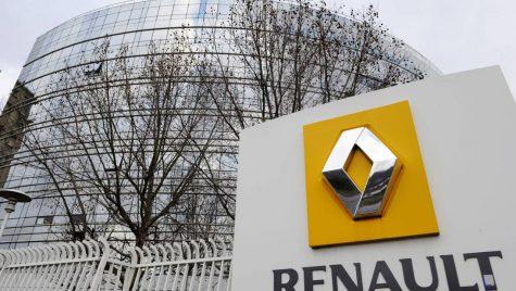Renault își vinde acțiunile deținute la Daimler