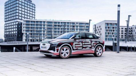 Audi Q4 e-tron: primele imagini cu interiorul SUV-ului electric