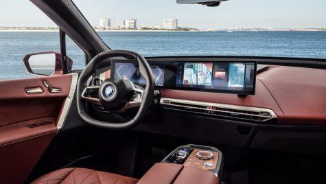 BMW iX și i4 vor folosi a opta generație a sistemului iDrive