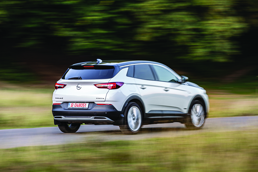 Opel Grandland X Hibrid autoexpert.ro