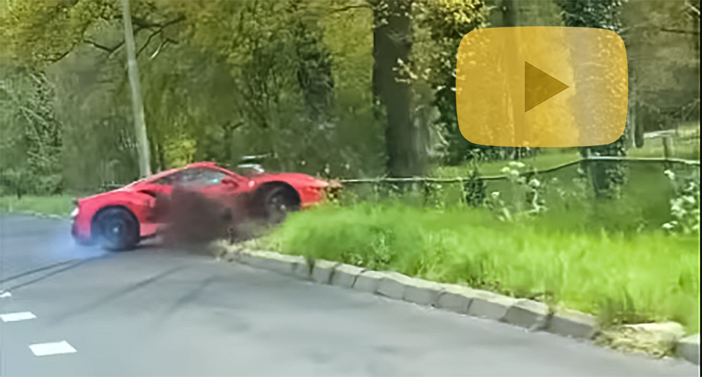 Accident cu Ferrari autoexpert.ro