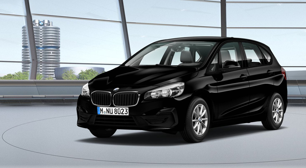 BMW 216i Active Tourer cel mai ieftin BMW autoexpert.ro