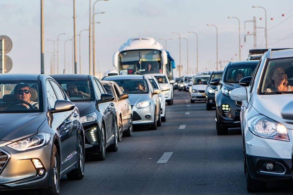 Emisii CO2 mașini înmatriculate