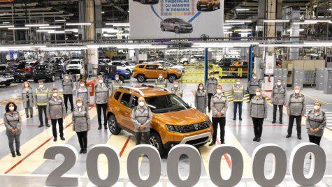 Dacia Duster: 2 milioane de exemplare produse la Mioveni