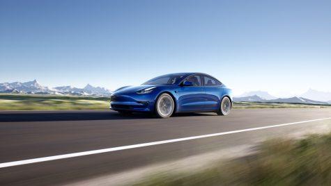 Tesla are un pop-up store oficial în România