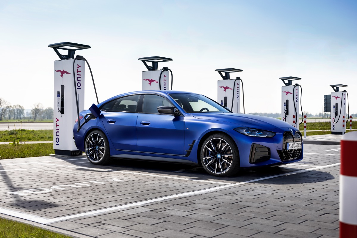 BMW i4 și iX autoexpert.ro