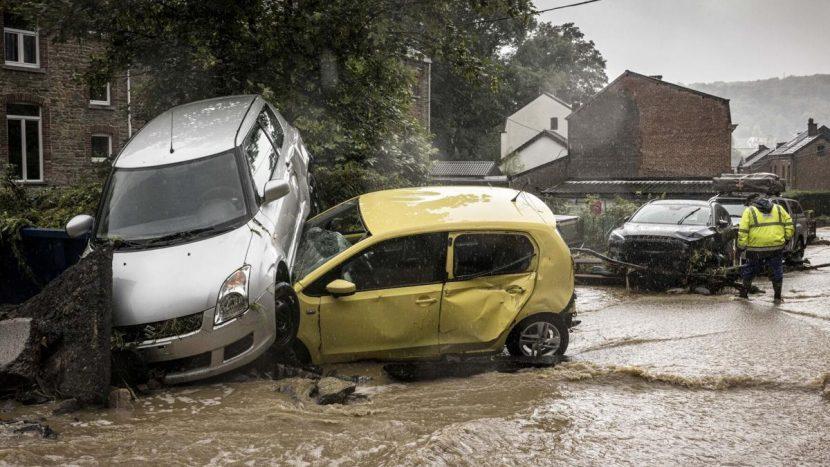 Inundații Germania companii auto