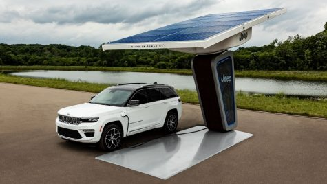 Jeep Grand Cherokee 4xe: primele imagini cu noul model plug-in hybrid